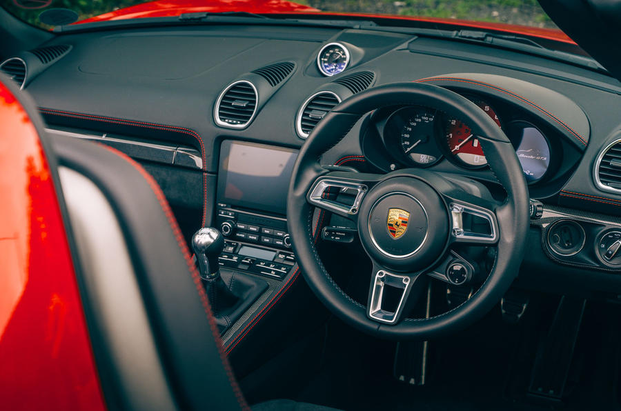 Porsche 718 Boxster GTS 4.0 2020 UK first drive review - cabin