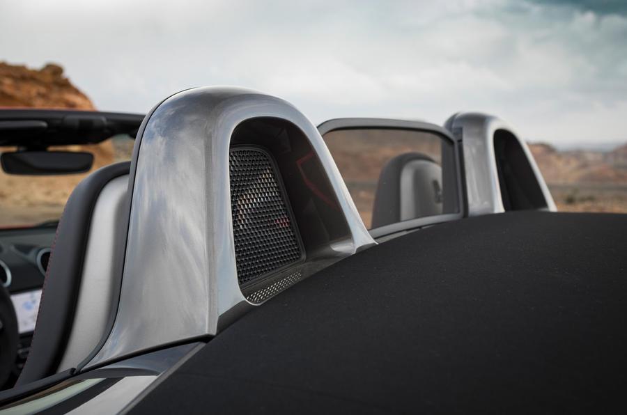Porsche Boxster T 2019 first drive review - butresses