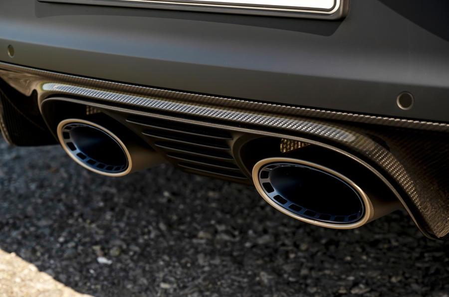 10 Porsche Cayenne Turbo GT 2021 UE FD échappements