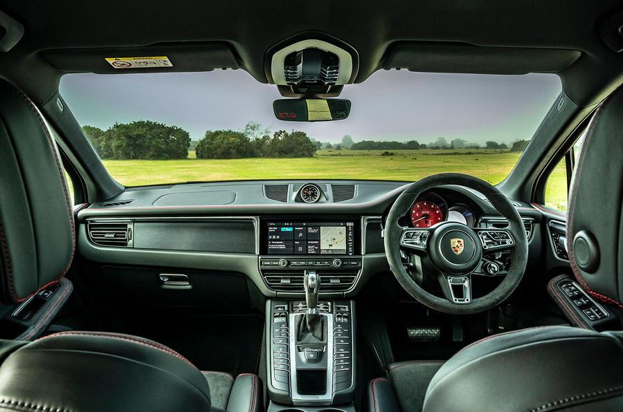 Porsche Macan GTS 2020 UK first drive review - cabin
