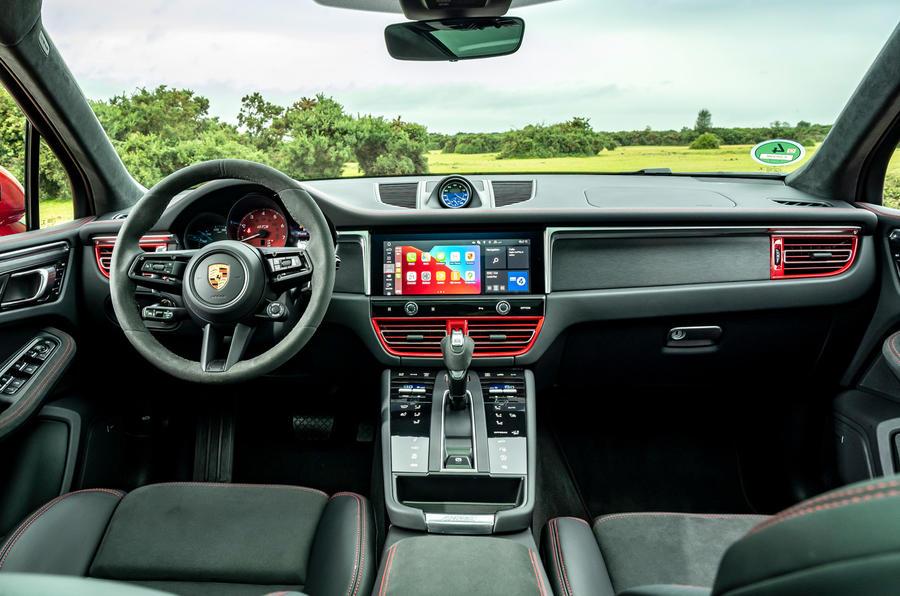 10 Porsche Macan GTS 2021 UE LHD premier essai cabine