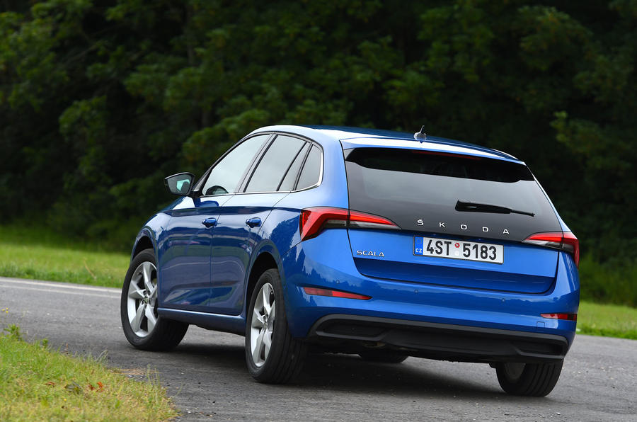 Skoda Scala 1.6 TDI 2019 UK first drive review - cornering rear