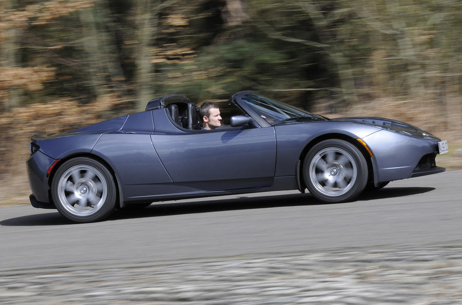 Tesla Roadster - side