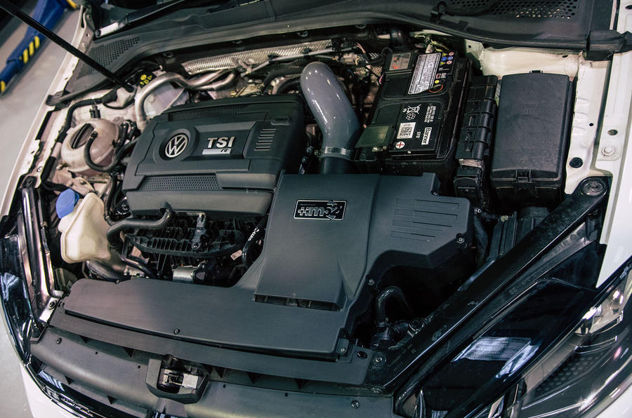 Volkswagen Golf R m52 2019 UK first drive review - engine