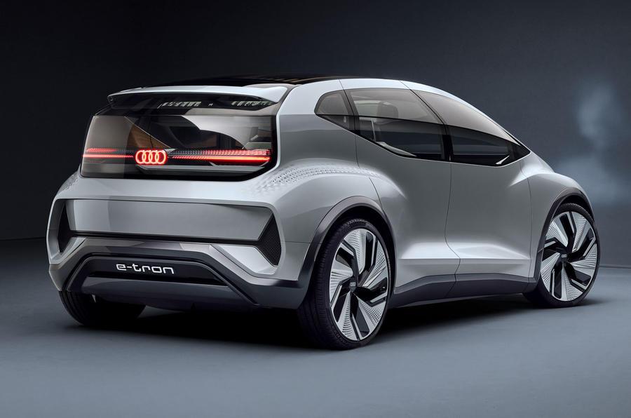 2019 - [Audi] AI:me E-Tron / AI:Trail Quattro 10000_1