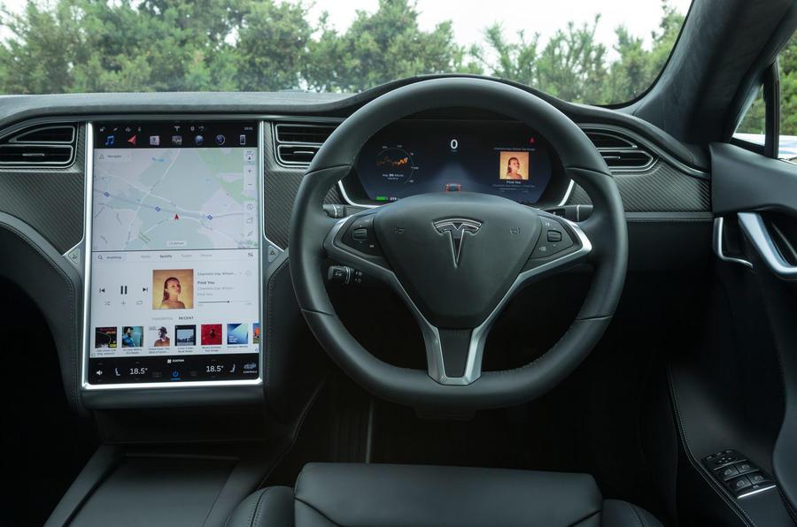 Tesla Model S 100D dashboard