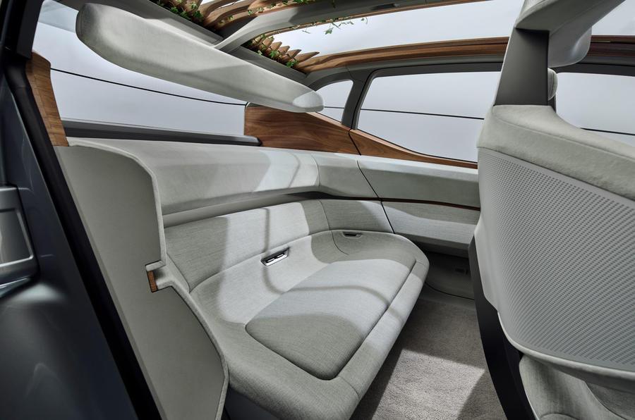 2019 - [Audi] AI:me E-Tron / AI:Trail Quattro 10222