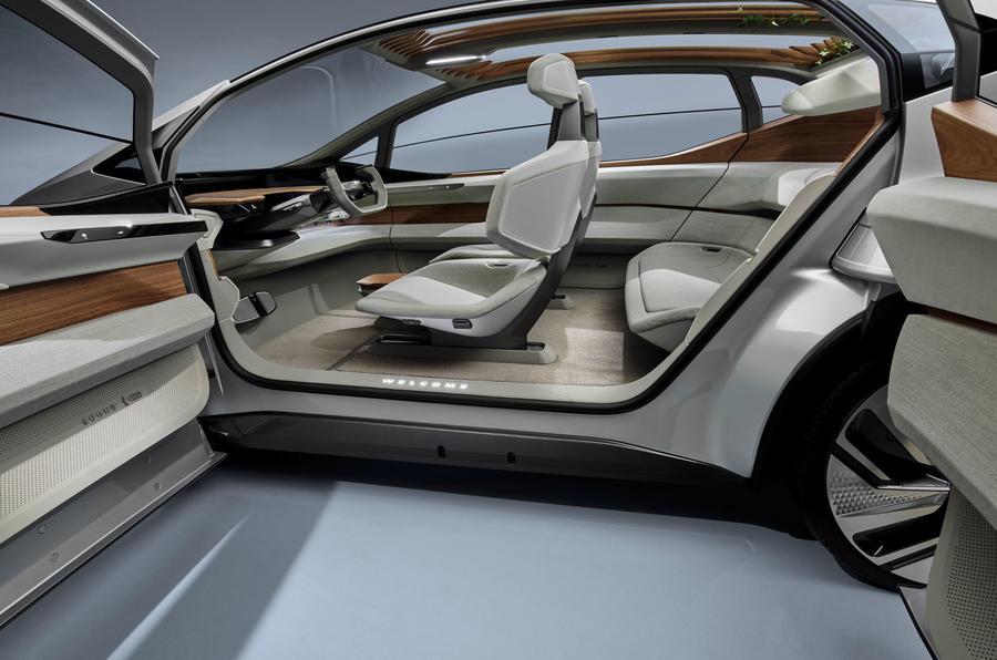 2019 - [Audi] AI:me E-Tron / AI:Trail Quattro 10267_2