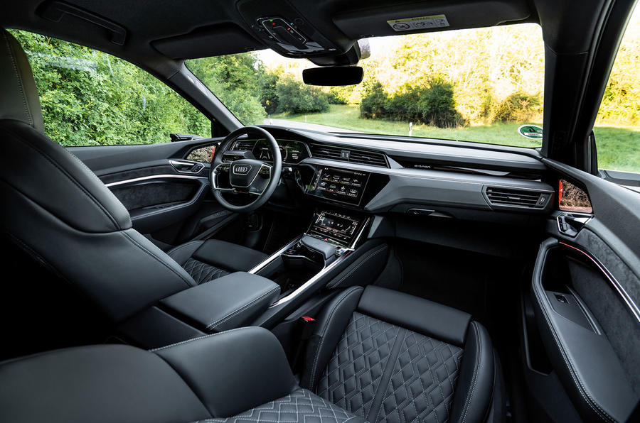 2020 - [Audi] E-Tron Sportback - Page 4 11-audi-e-tron-sportback-s-2020-fd-cabin