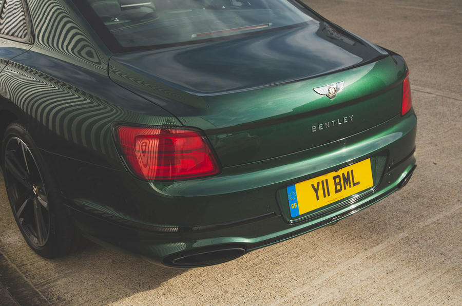 Bentley Flying Spur 2020 UK first drive review - rear bumper