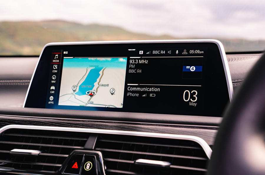 BMW 7 Series 730Ld 2019 UK first drive review - infotainment