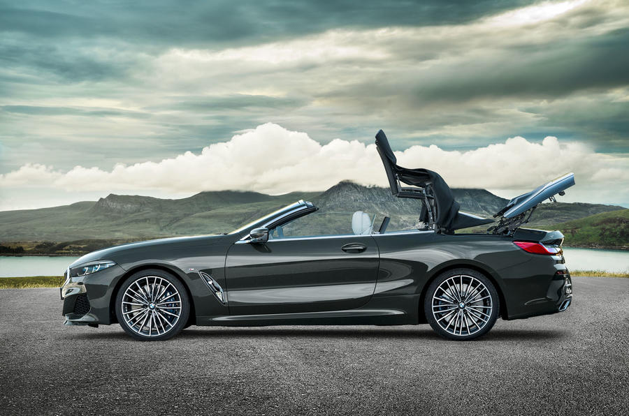 BMW 8 Series Convertible 850i 2019 first drive review - folding roof