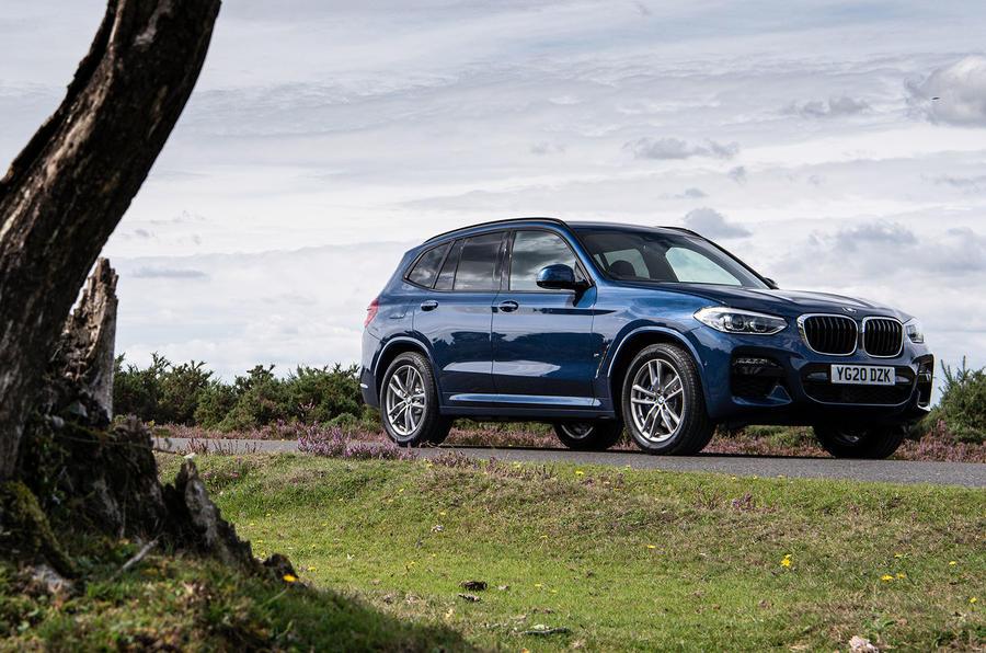 BMW X3 xDrive30e 2020 : premier bilan de la conduite au Royaume-Uni - statique à l'avant