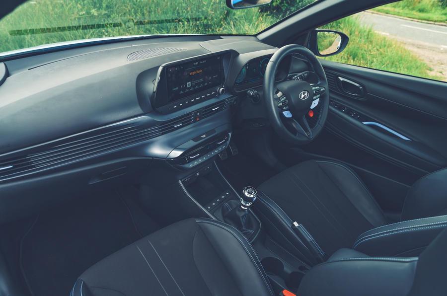 11 Hyundai i20N 2021 RHD UE FD tableau de bord