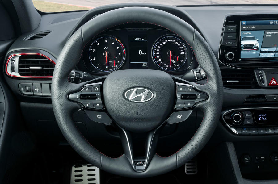 Hyundai i30 Fastback N 2019 first drive review - steering wheel