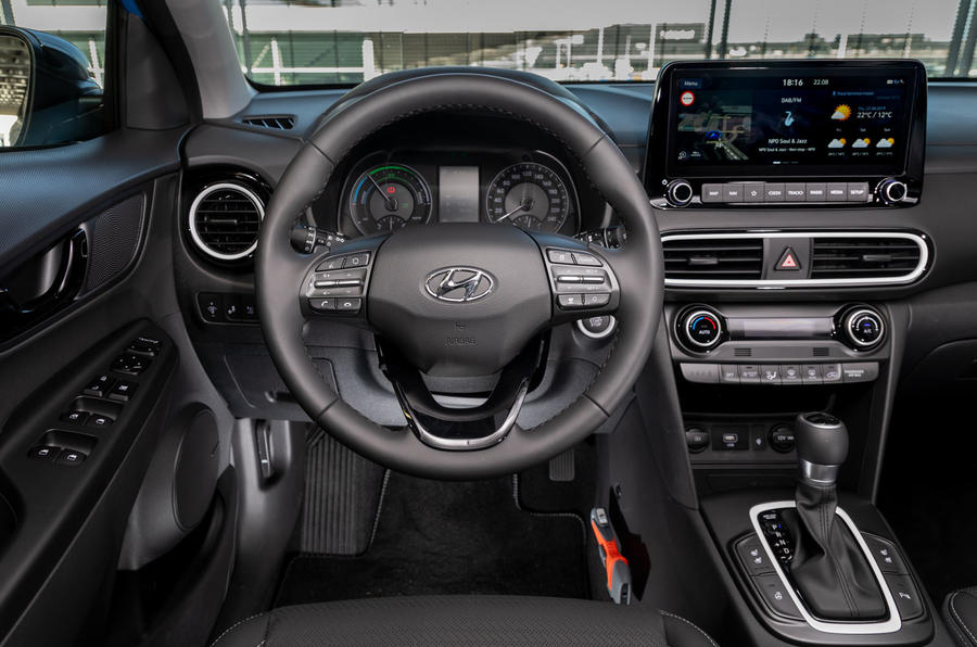 Best Ev Cars >> Hyundai Kona Hybrid Premium SE 2019 review | Autocar