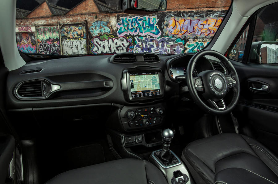 Jeep renegade Longitude 2019 UK first drive review - side interior