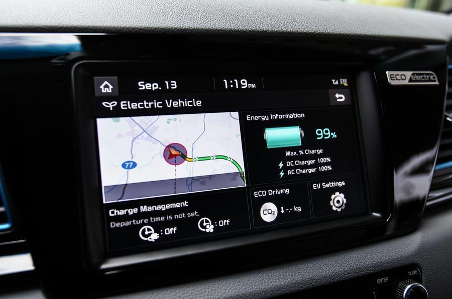 Kia Niro EV 2019 first drive review infotainment