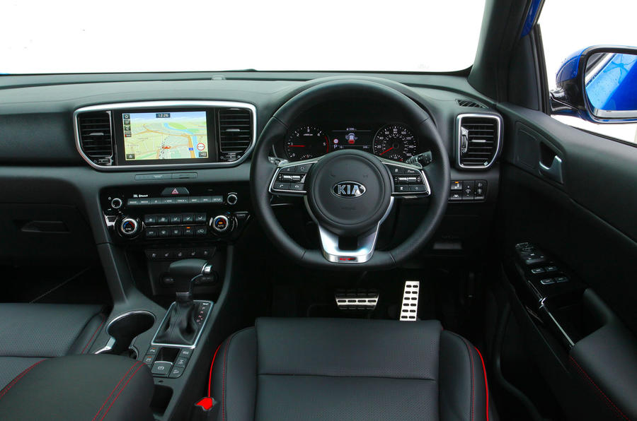 Kia Sportage GT-Line S 48V 2018 first drive review dashboard