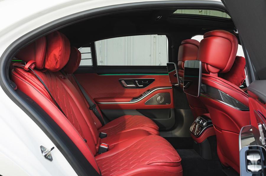 Mercedes S-Class S500 2020 (LHD) : premier bilan de conduite au Royaume-Uni - sièges arrière
