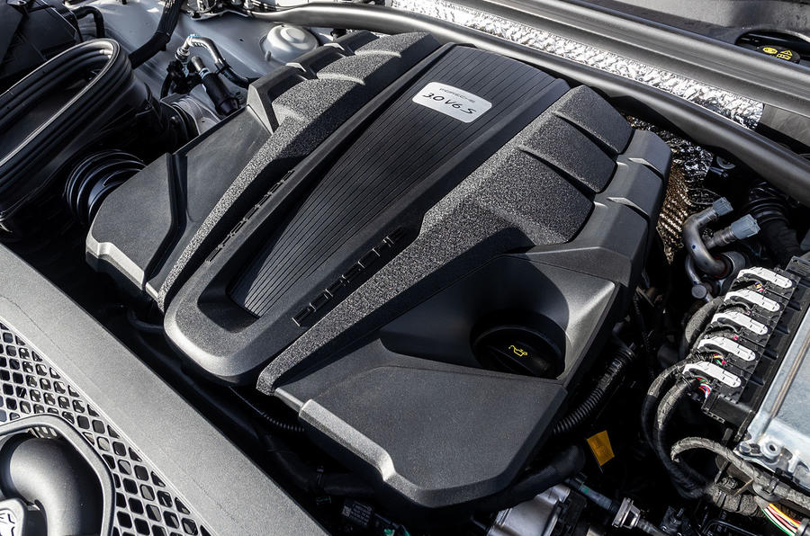 Porsche Macan S 2019 first drive review - engine
