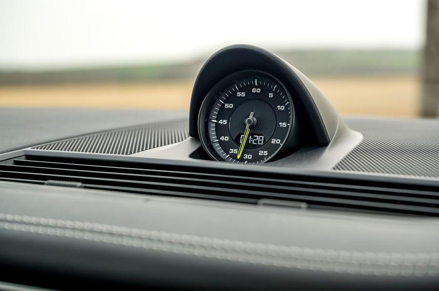 11 Porsche Panamera Turbo S E Hybrid ST 2021 UE FD pack sport chrono