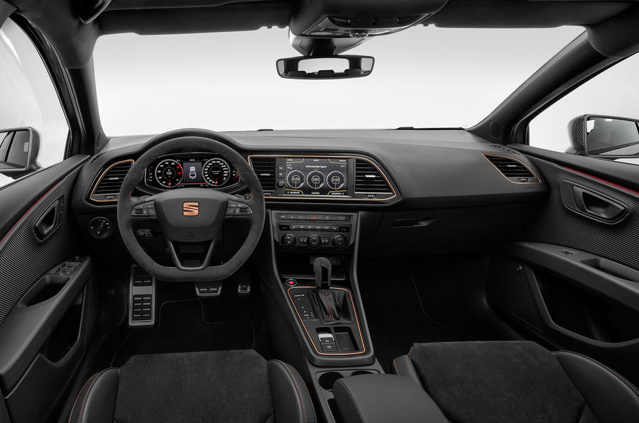 Seat Leon Cupra R ST 2019 first drive review - cabin
