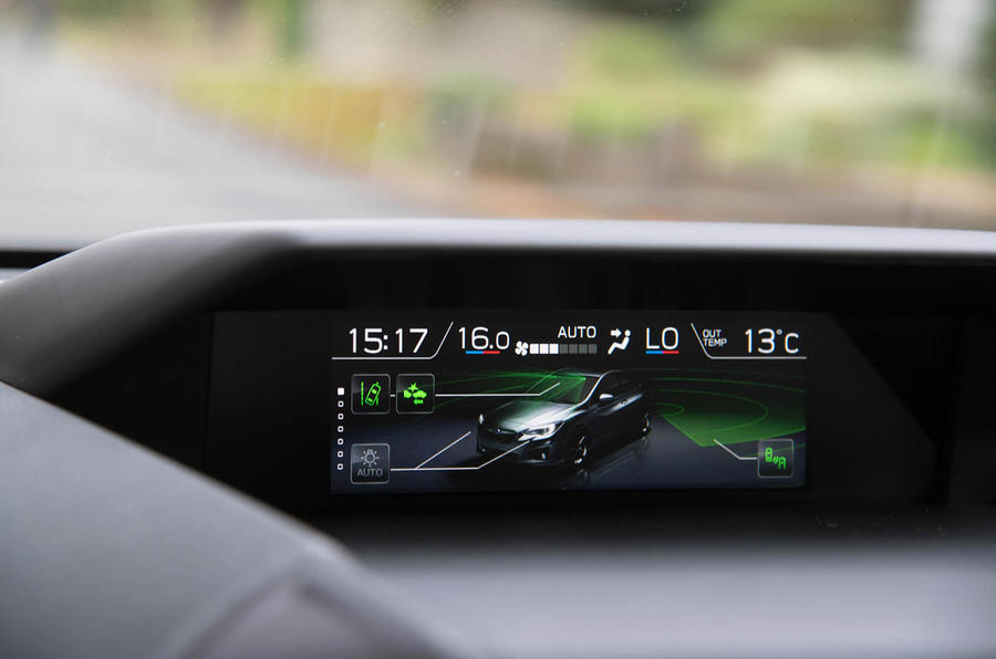 Subaru Impreza 2018 UK review climate control