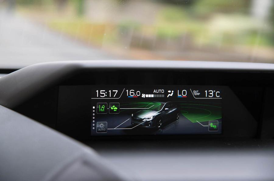 Subaru Impreza 2018 UK review climate control