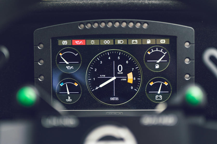 11 Tolman Talbot Sunbeam Lotus 2021 : premiers instruments d'examen de la conduite