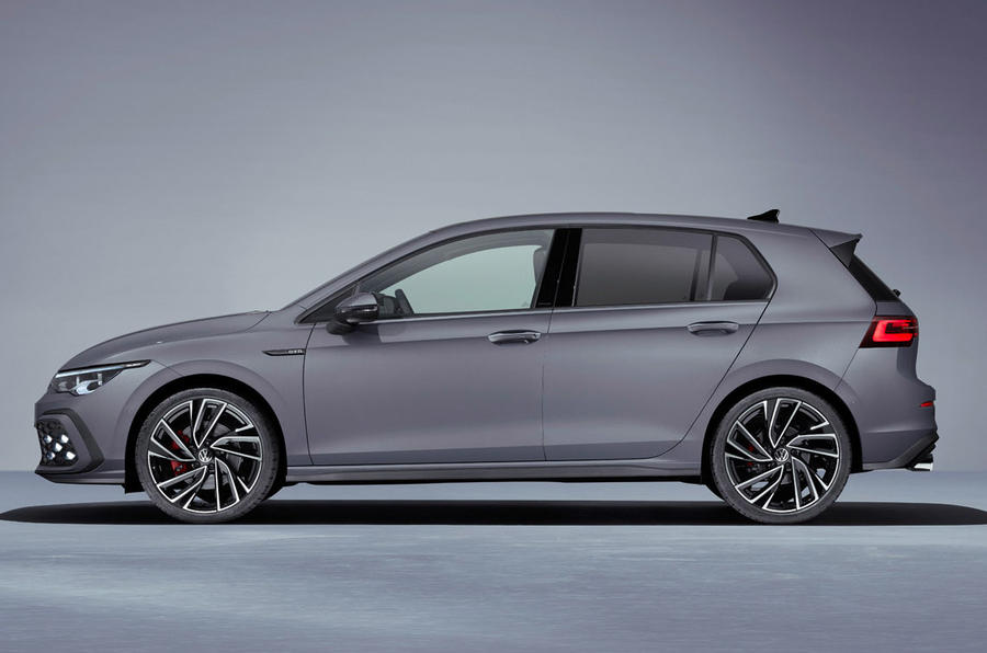 Volkswagen Golf GTD 2020 - stationary side
