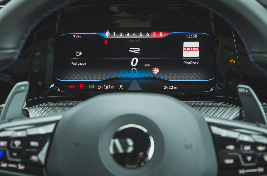 11 Volkswagen Golf R performance pack 2021 UE FD instruments