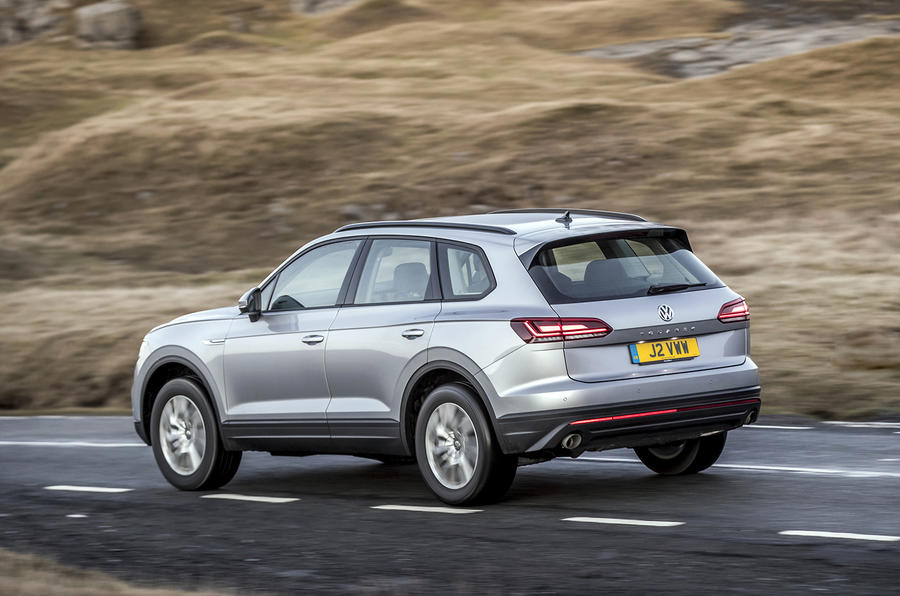 Volkswagen Touareg 2020 UK first drive review - on the road rear