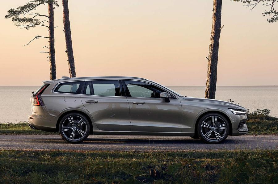 Volvo V60 2018 review on the road side