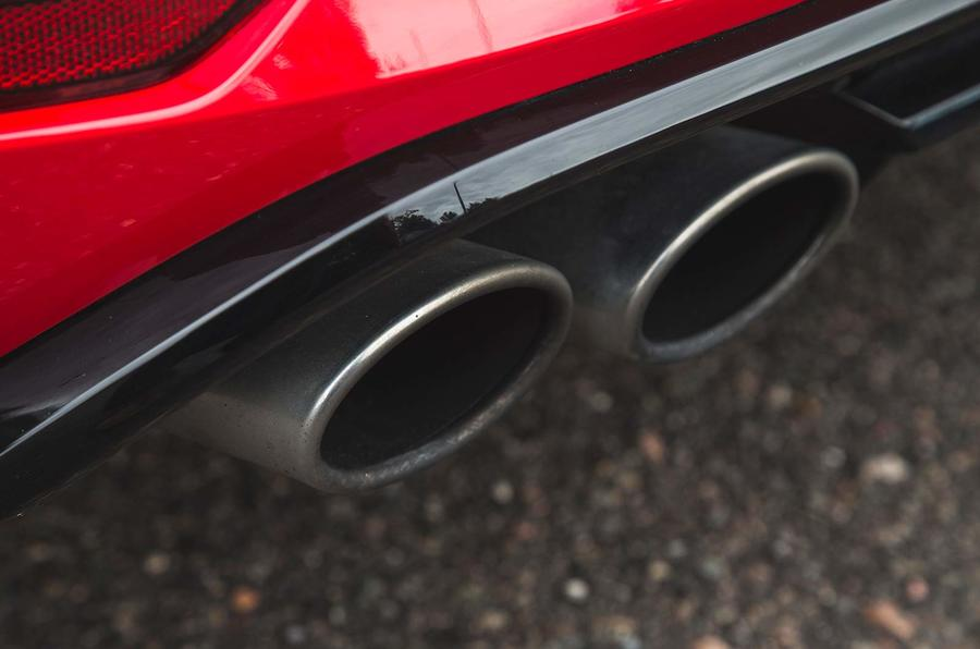 Volkswagen Golf R Estate performance pack 2018 UK review exhausts