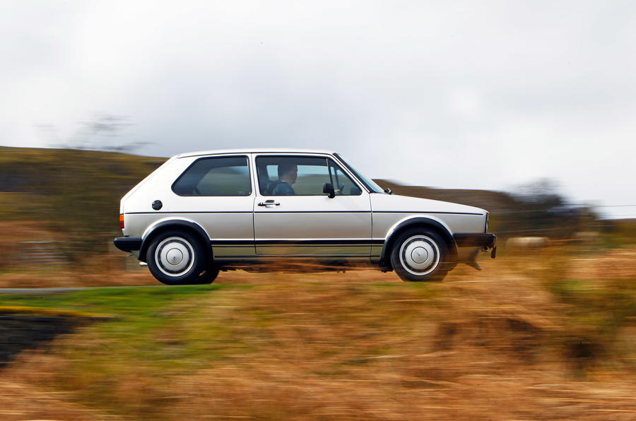 Volkswagen Golf GTI Mk1 - tracking side