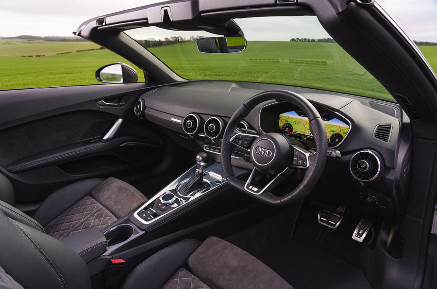 Audi TT Roadster 2019 UK first drive review - dashboard