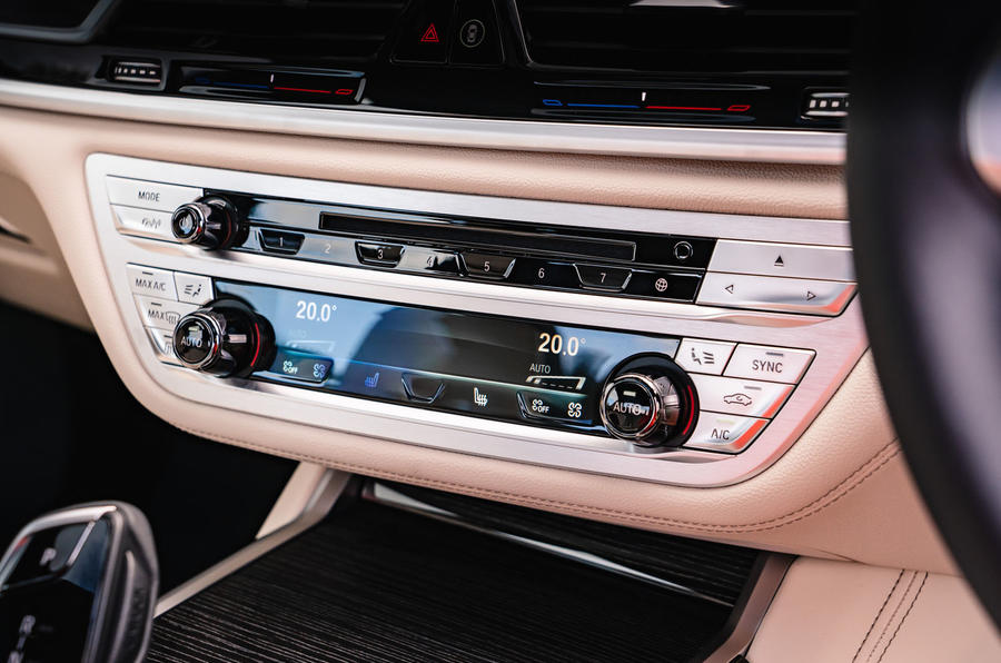 BMW 7 Series 730Ld 2019 UK first drive review - climate controls