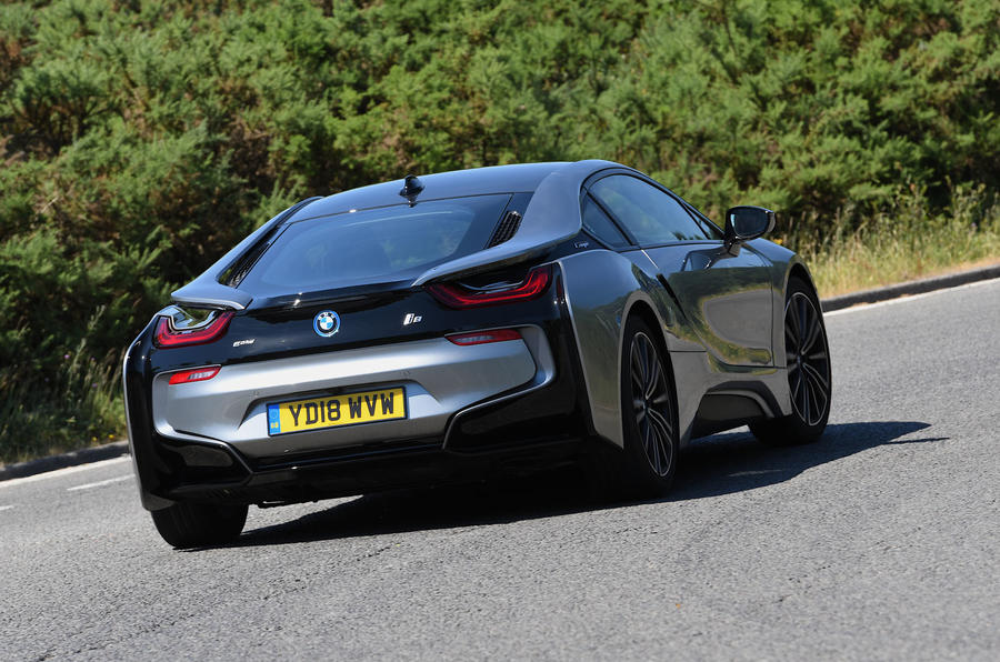 BMW i8 Coupe 2018 UK first drive review cornering rear
