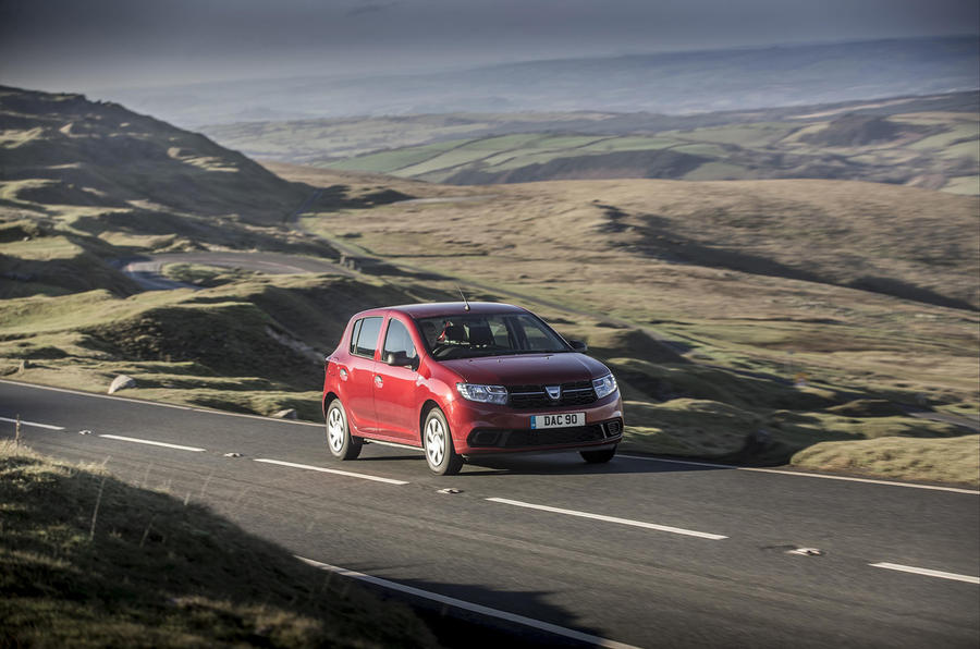 Dacia Sandero 2019 UK first drive review - on the road hero