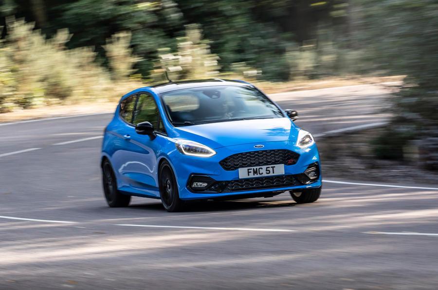 Ford Fiesta ST Edition 2020 : premier bilan de conduite au Royaume-Uni - les virages à l'avant