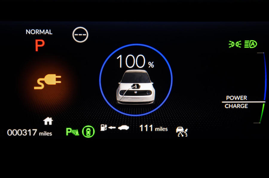 Honda e 2020 UK first drive review - charging indicator