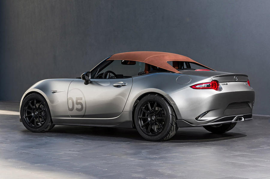 Hot Mazda MX-5 - side