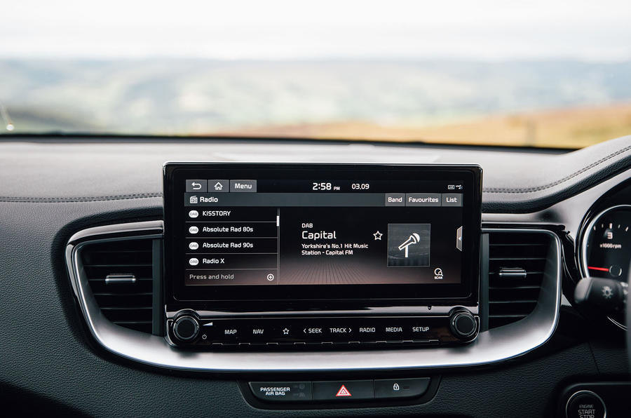 Kia Xceed 2020 UK first drive review - infotainment