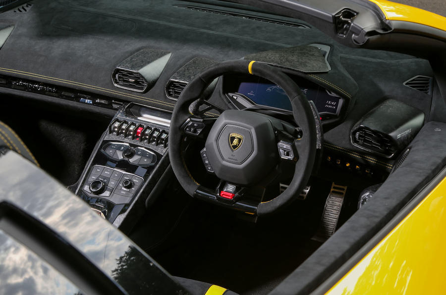 Lamborghini Huracan Performante Spyder 2018 UK review cockpit