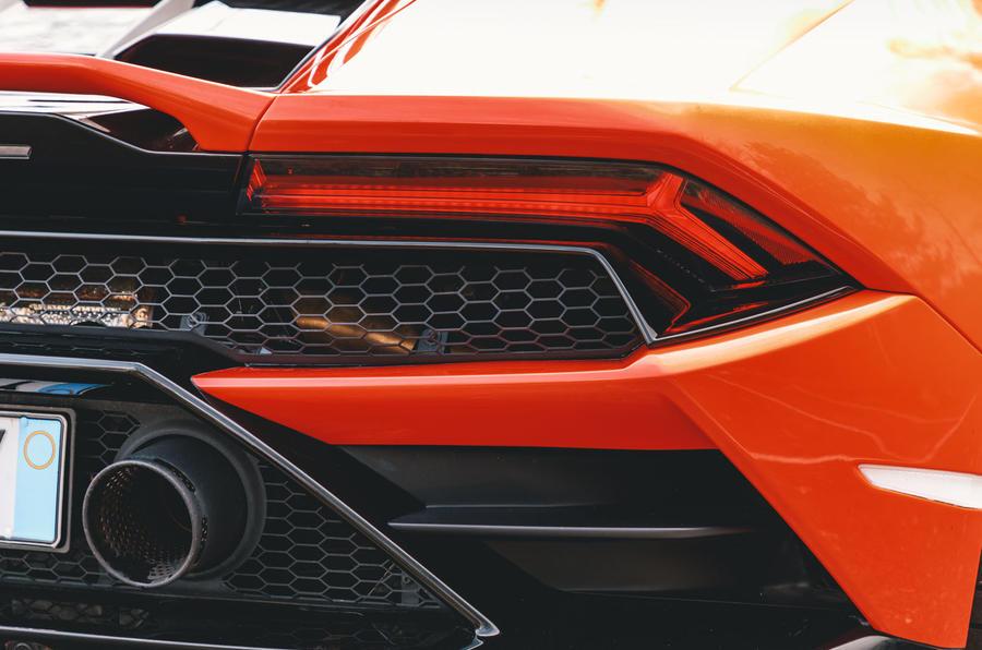 Lamborghini Huracán Spyder 2020 UK first drive review - rear lights