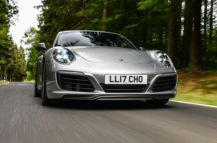 Litchfield Porsche 911 Carrera T 2018 first drive review - on the road nose