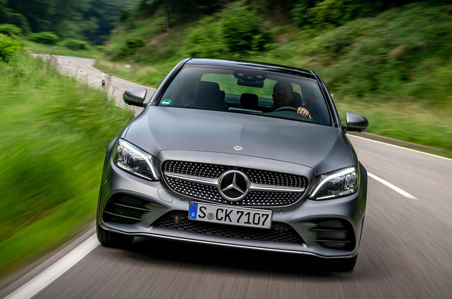 Mercedes-Benz C-Class C200 AMG Line 2018 UK review on the road front