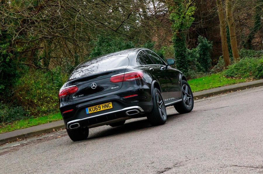 Mercedes-Benz GLC 300 2020 UK first drive review - cornering rear