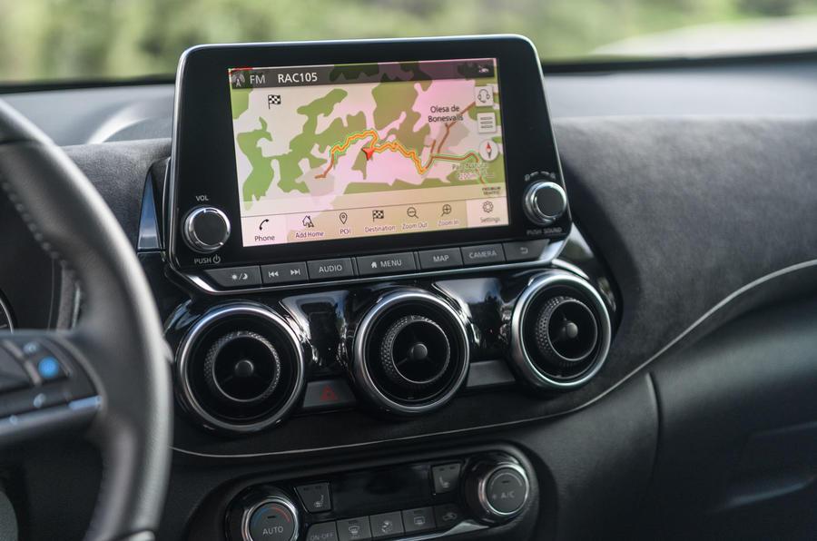 Nissan Juke 2019 first drive review - infotainment